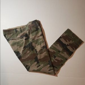 Gap camouflage slim fit  pants